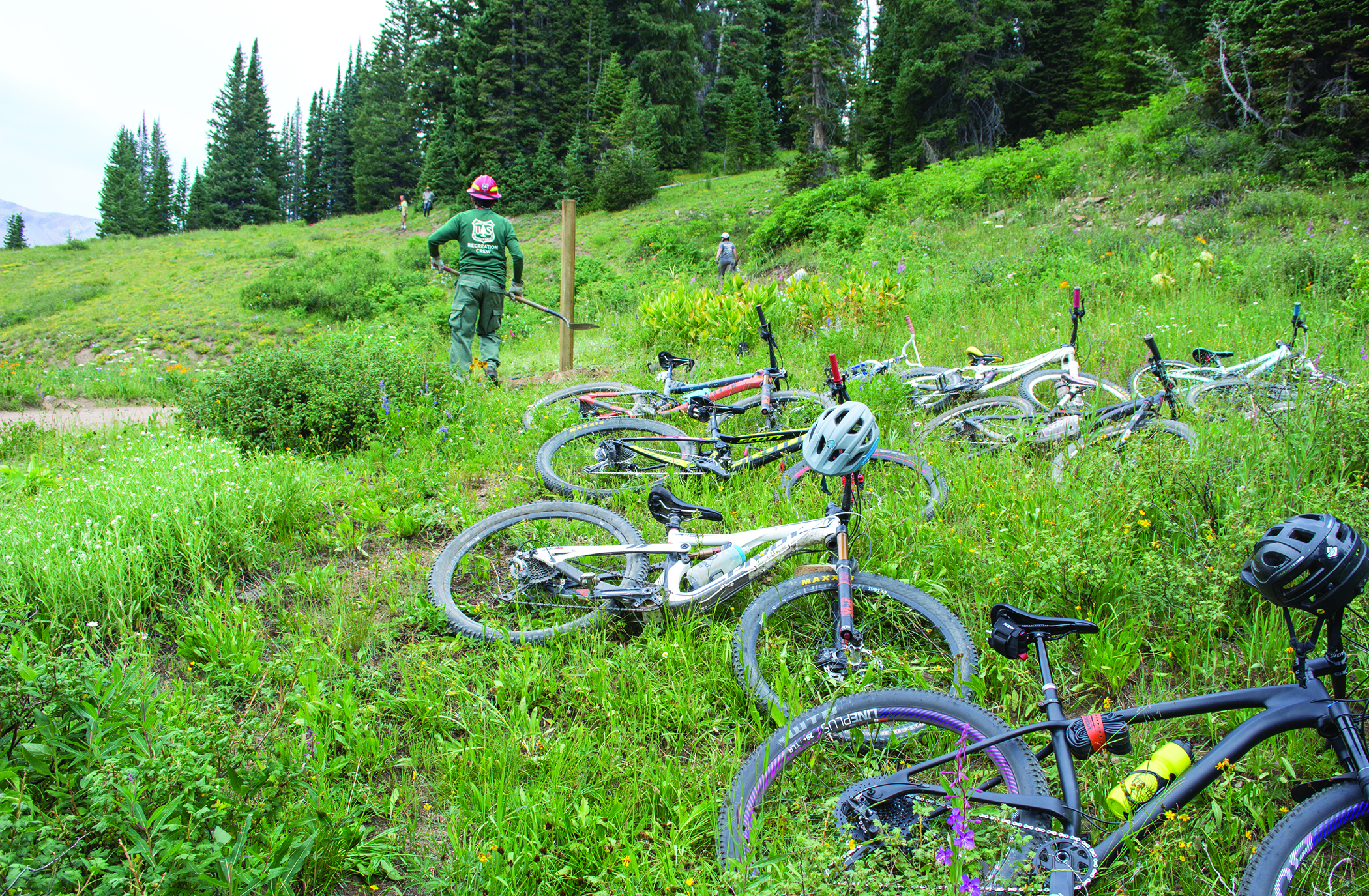 Volunteers work near Crested Butte on the Washington Gulch Trail No. 403 reroute during the 2018 Annual Campout and Work Weekend. Photos: Neill Pieper
