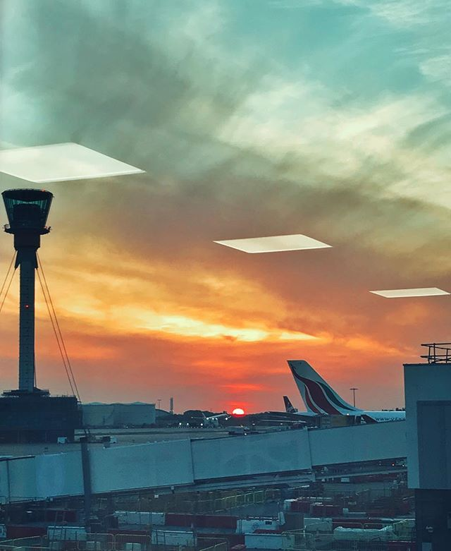 The journey begins! Heathrow, you are pain in the ass, but you do have a gorgeous sunsets #heathrowairport #britishairways #connection #london #travelling #ontheroad #vacation #flying #yolo #sunset #sky #beautiful #colors #capture #moment