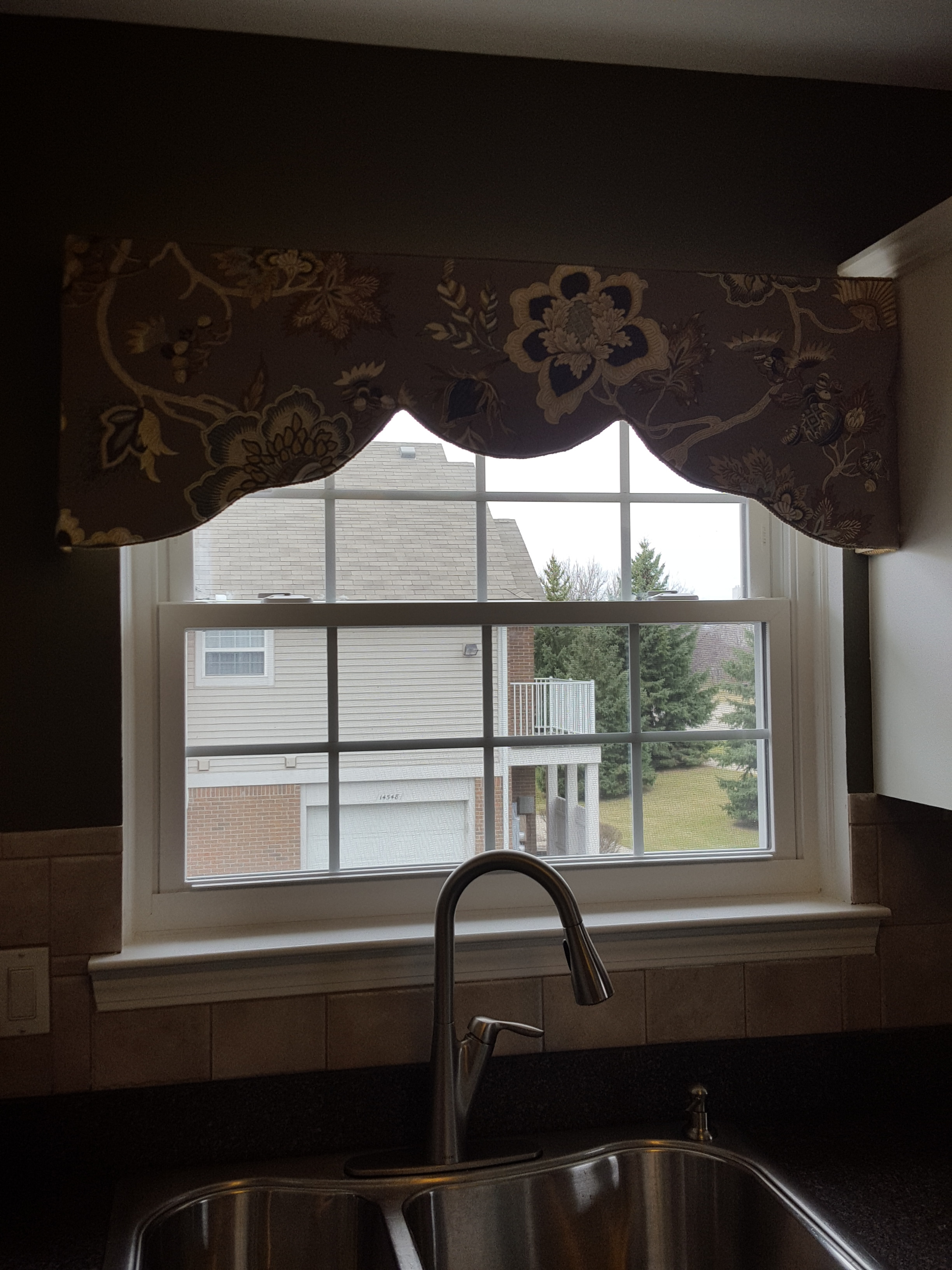 Valance Installed at Danielle's House