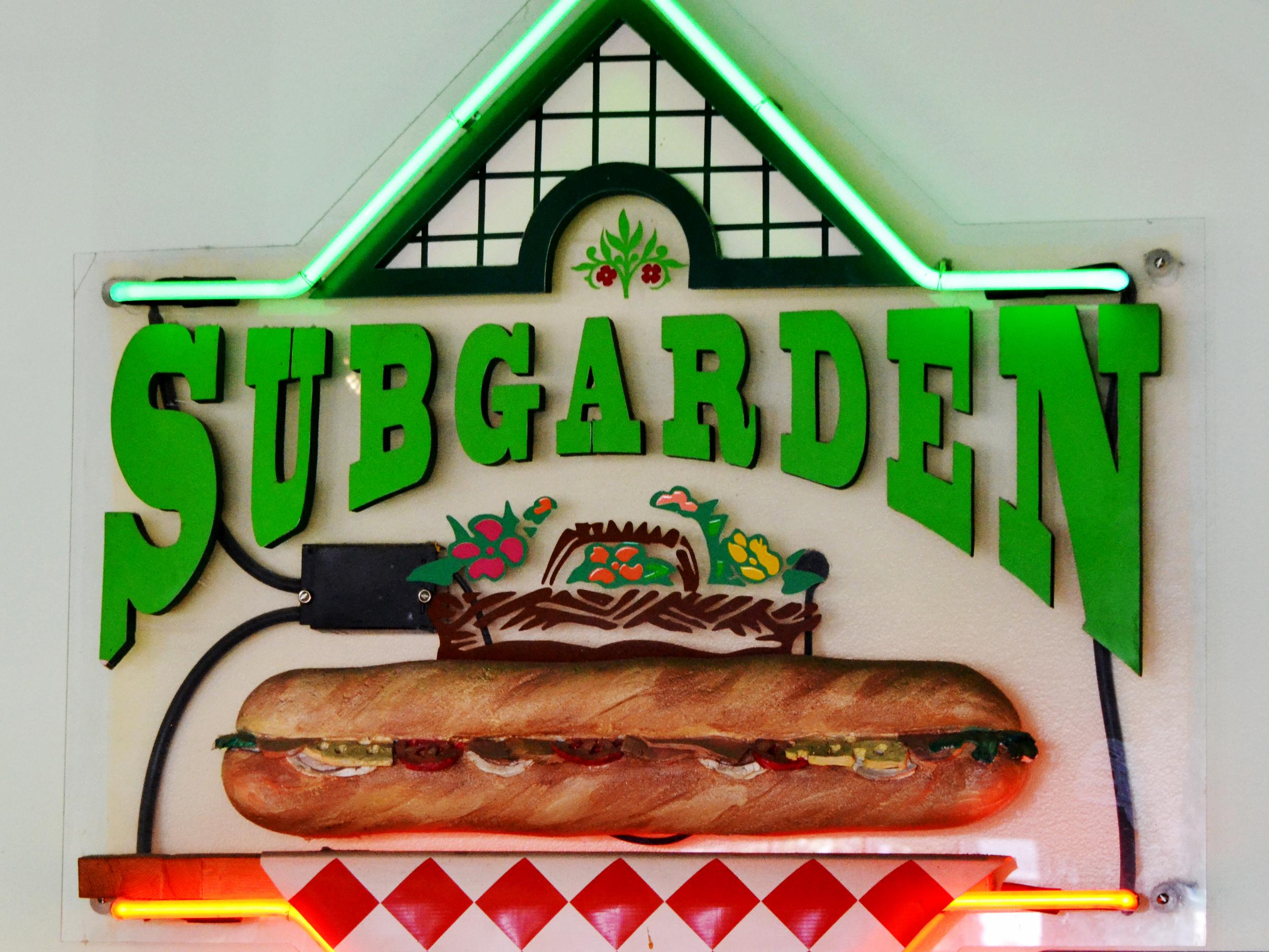 SubGardenSign(4x3).jpg
