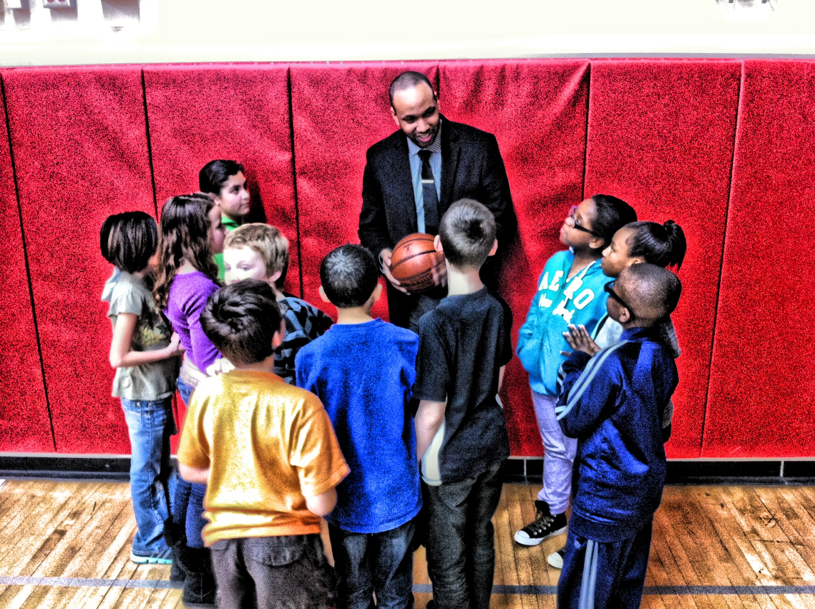 Brandon speaks with student's in Seattle, Washington about becoming a super hero and discovering their super powers.