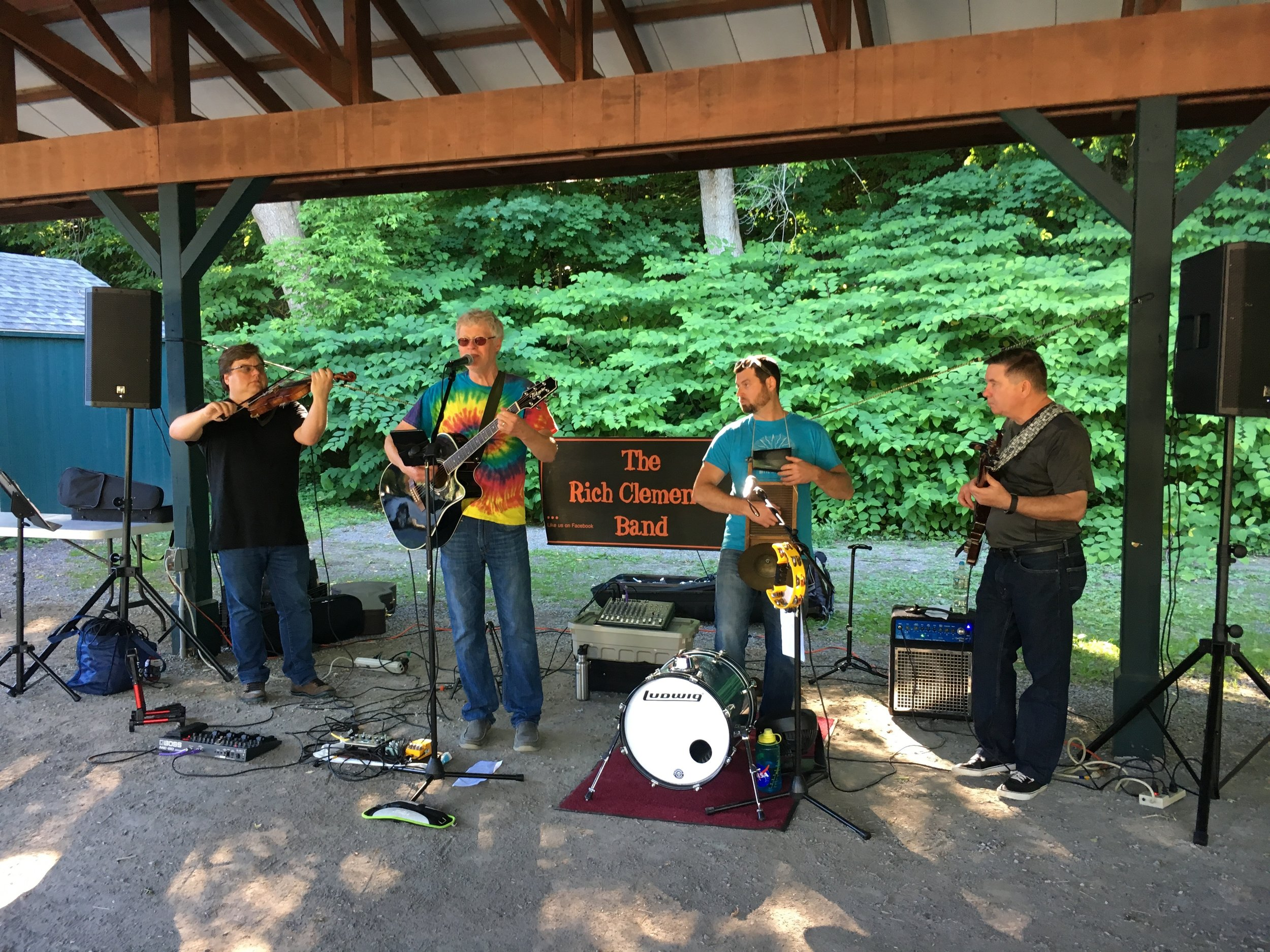 - Live music was provided throughout the event by The Rich Clements Band.