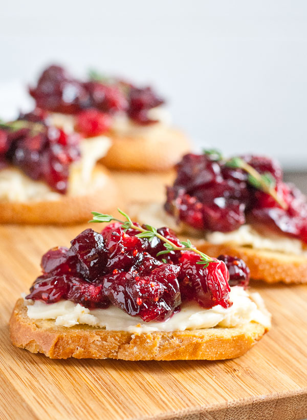 Roasted Balsamic Cranberry Brie Appetizers via  Neighborfood Blog