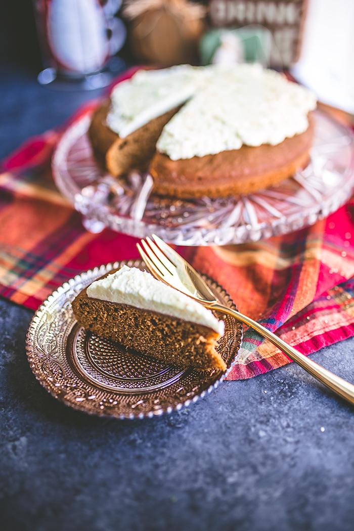 gingerbread-cake-with-lemon-curd-whipped-cream-10.jpg