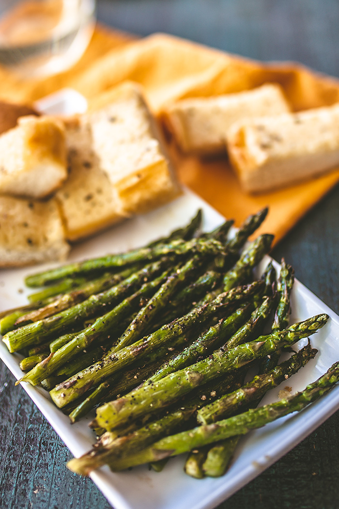 Crispy grilled asparagus with spicy butter is grilled for less than 15 minutes.