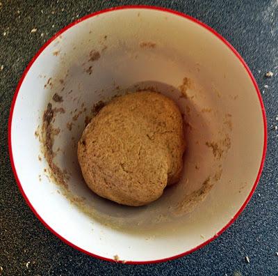 dough+cinnamon+buns+cinnabons.jpg