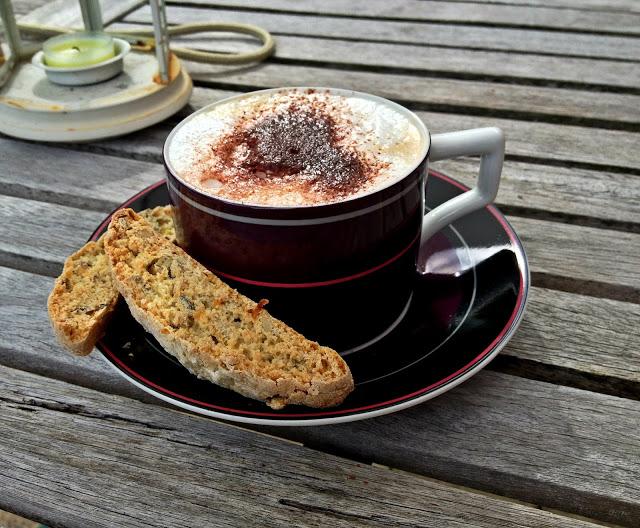 biscotticoffee.jpg
