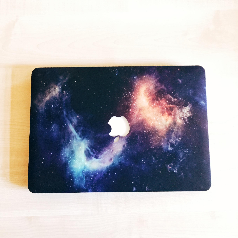 space MacBook pro case