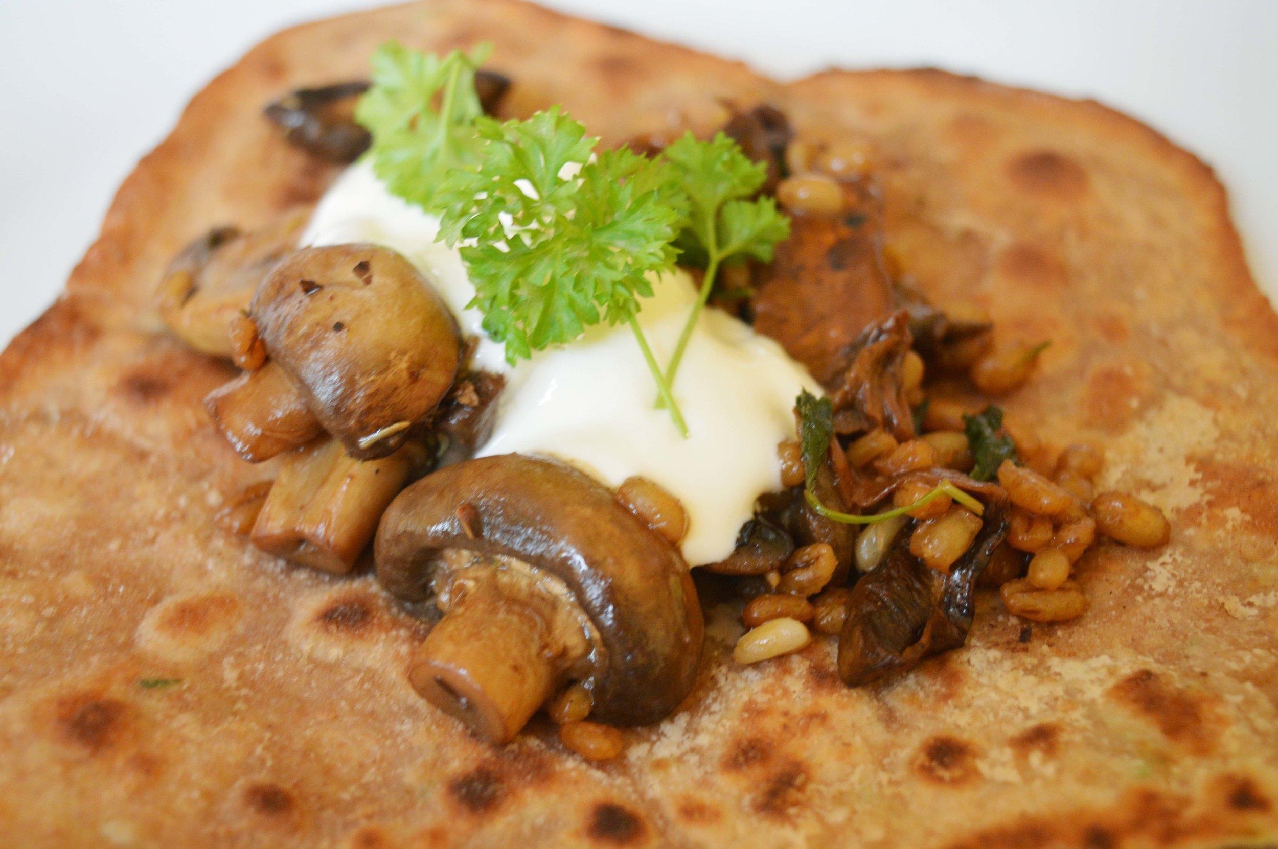 Yoghurt flatbreads with barley and mushrooms