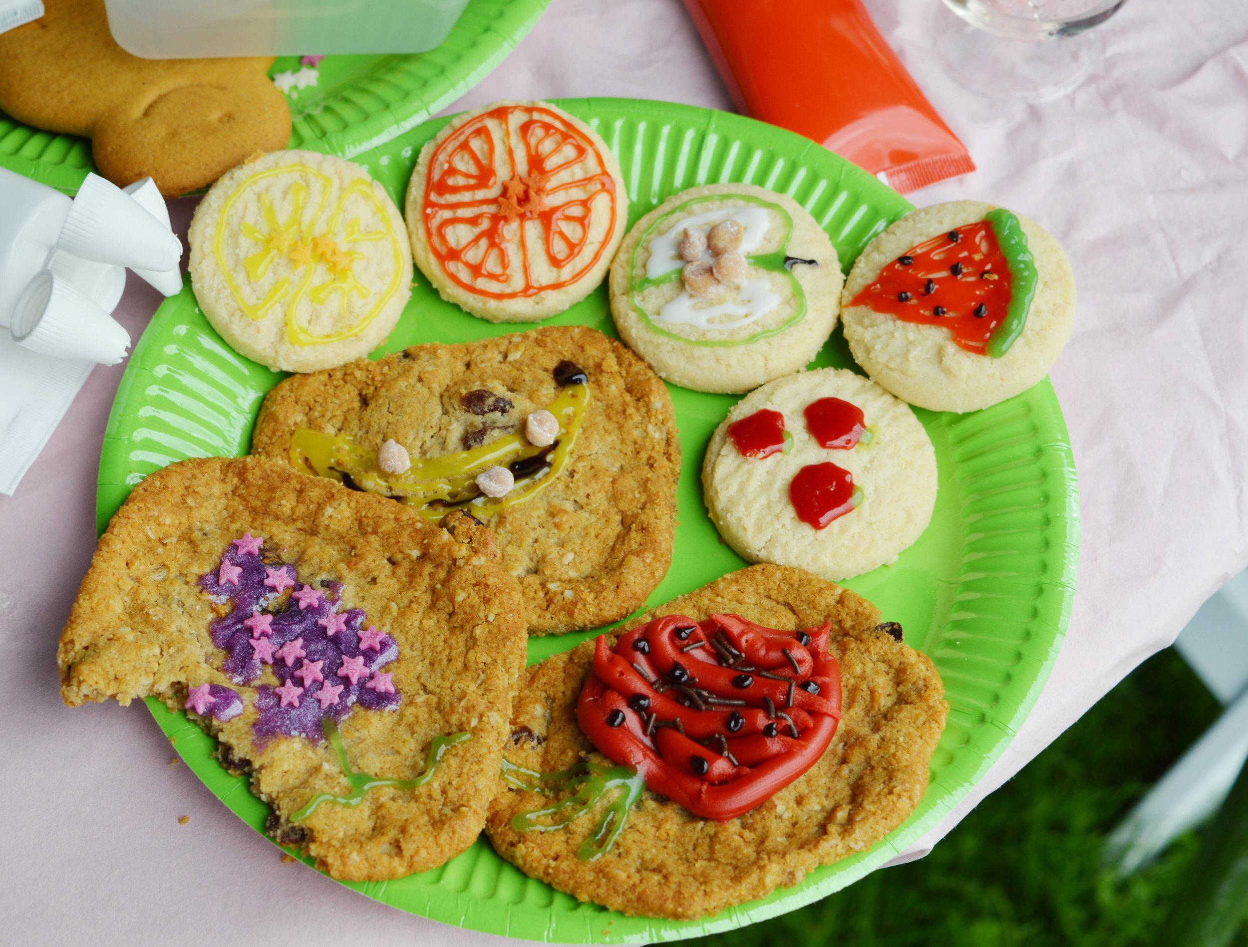 The 10 (Food Festival) Commandments - 10: Thou shalt enter the baking/biscuit decorating/man vs food competition!