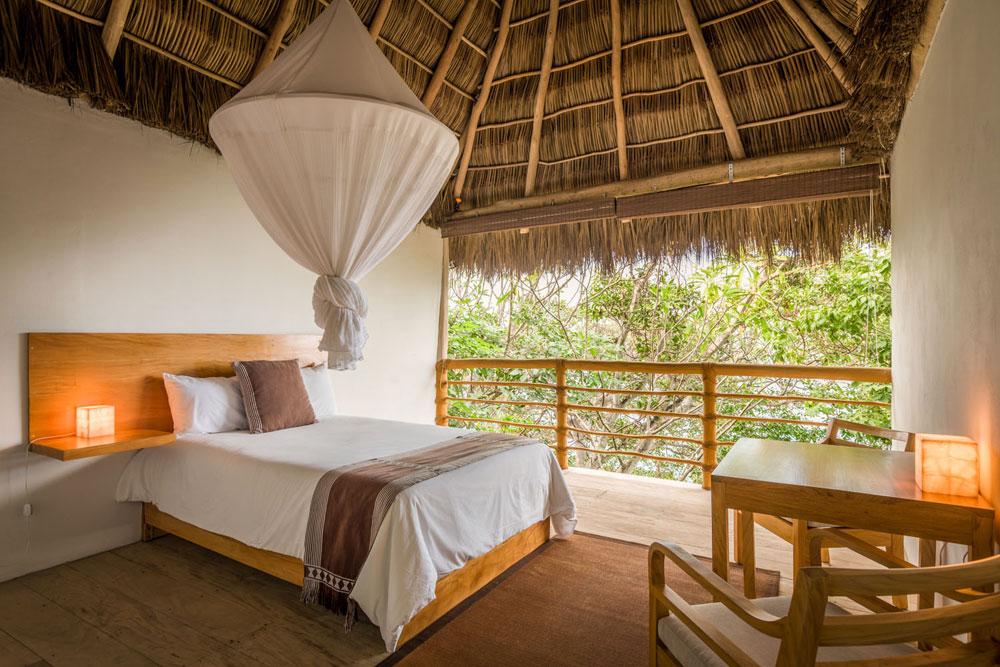 Deluxe Room 1 double bed.jpg