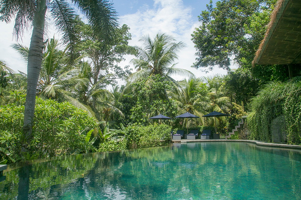 Soulshine Bali is an eco-chic yoga resort just outside of Ubud, Bali. It's on an island where the sun always shines, where play is worshiped and prayers are danced. Where wanderers, adventurers and soul seekers are transformed by yoga mats. - Eco-Chic Yoga Resort
