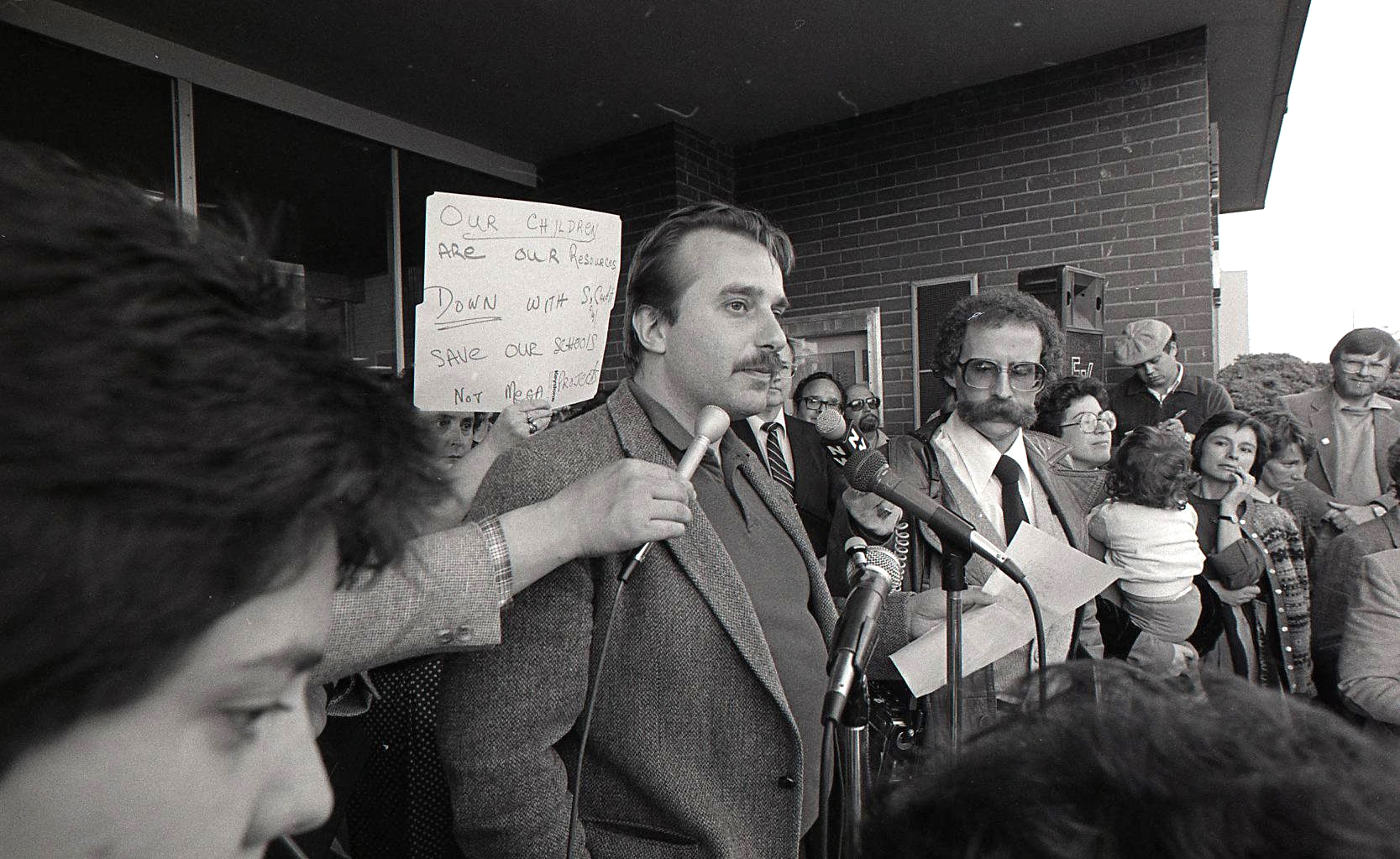 Rally in support of fired VSB trustees, 1985
