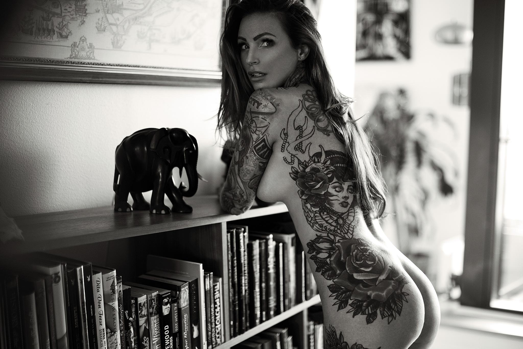 Mikkel_Laumann_Photography_Anne_Lindfjeld_Reroute_To_Remain_Photoshoot_Magazine_10.jpg