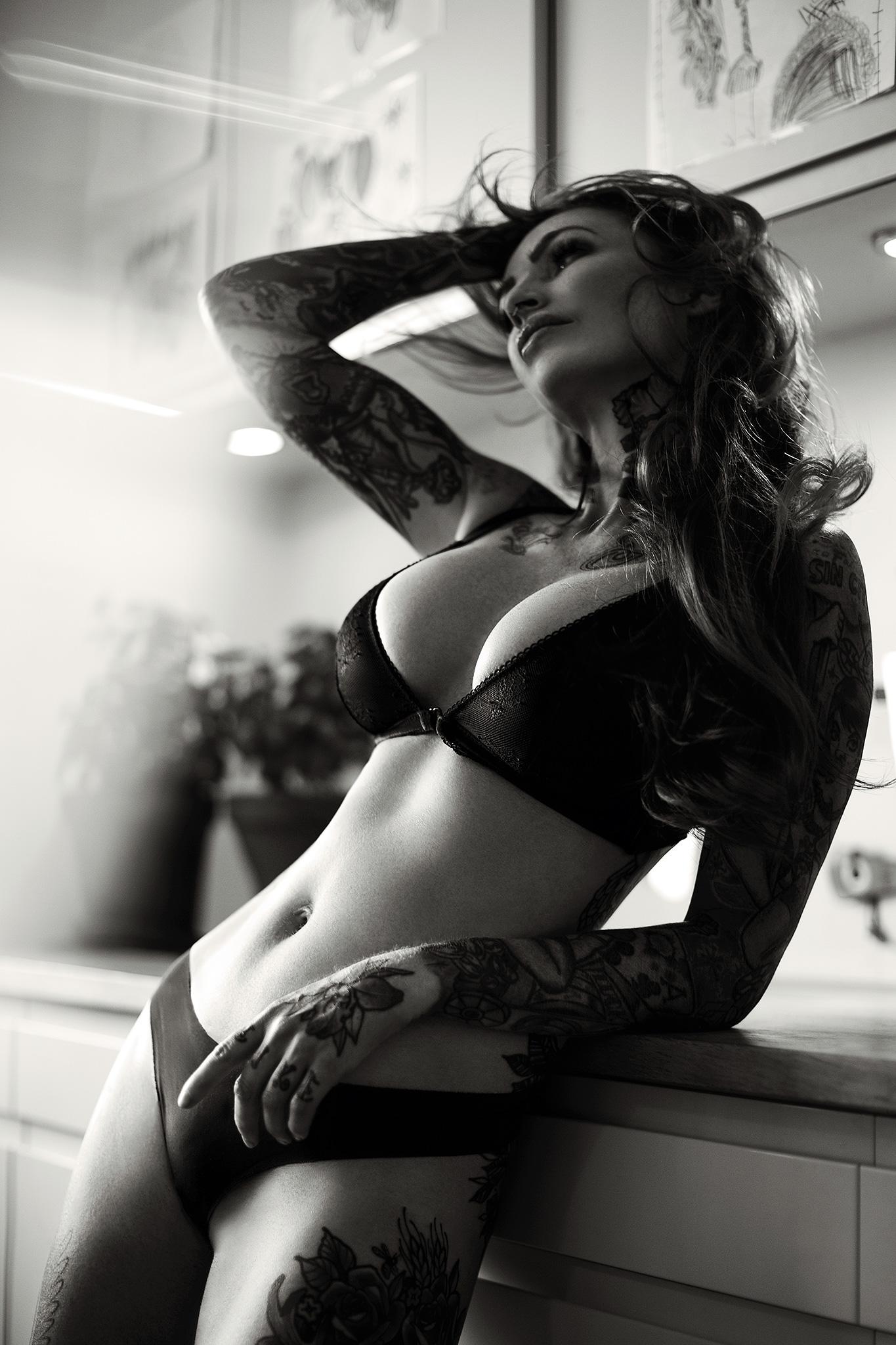 Mikkel_Laumann_Photography_Anne_Lindfjeld_Reroute_To_Remain_Photoshoot_Magazine_06.jpg