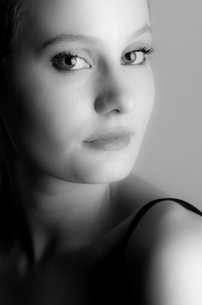 ProfileHeadshotsMichaelCooperPhotographerStudioPortraits76.jpg