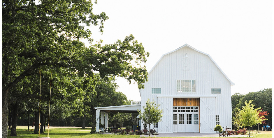 Photo by:  The White Sparrow Barn