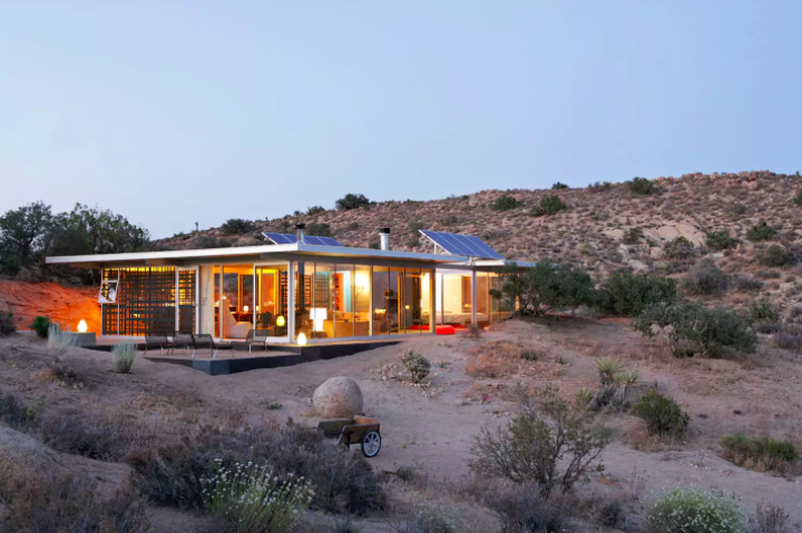 Off Grid House via  Airbnb