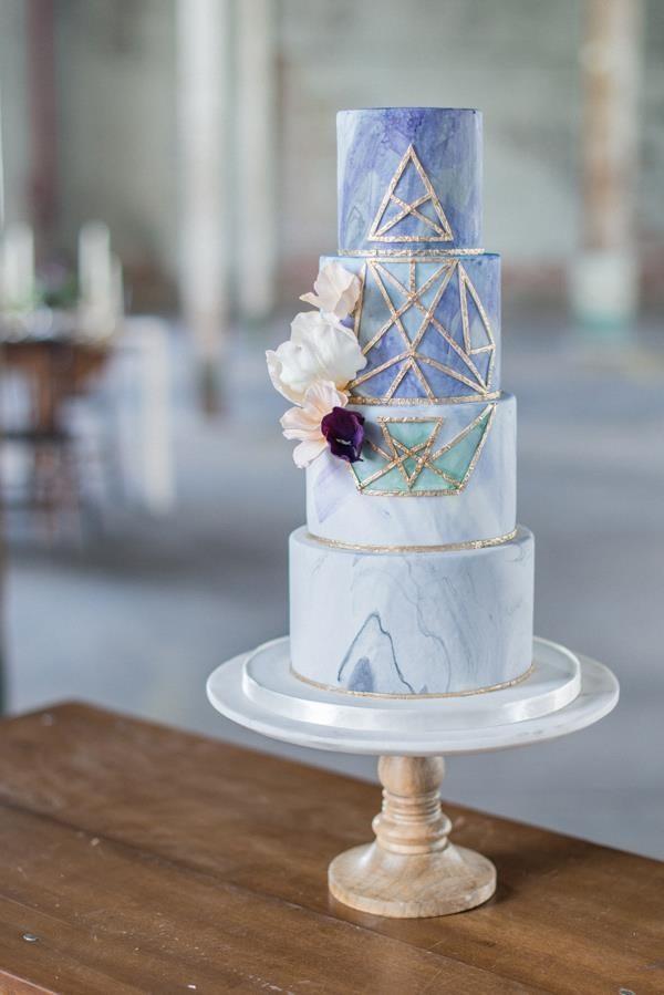 CAKE |  THE CAKE WHISPERER