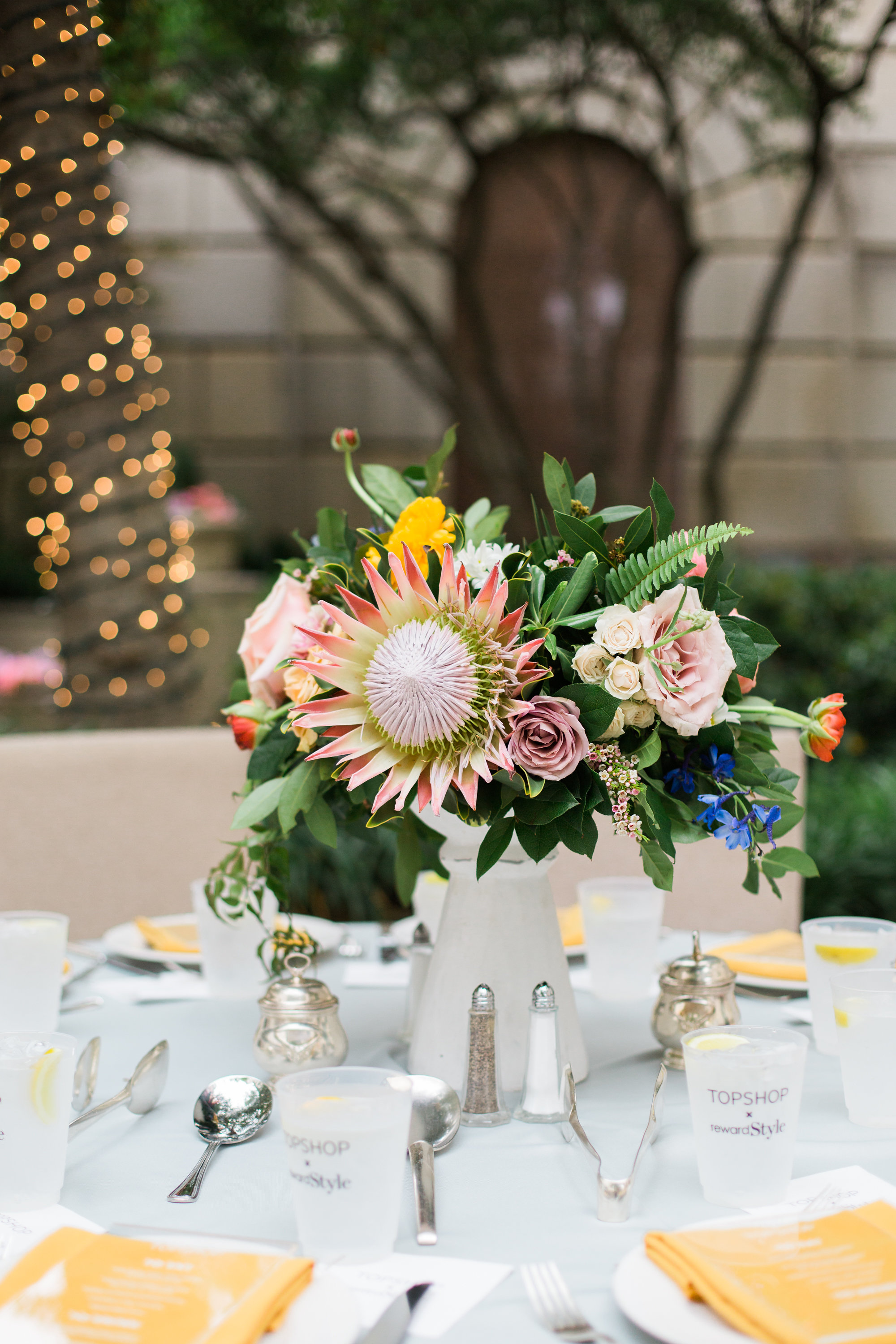 TOPSHOP + rewardStyle - Celebrate Dallas - Event Florist