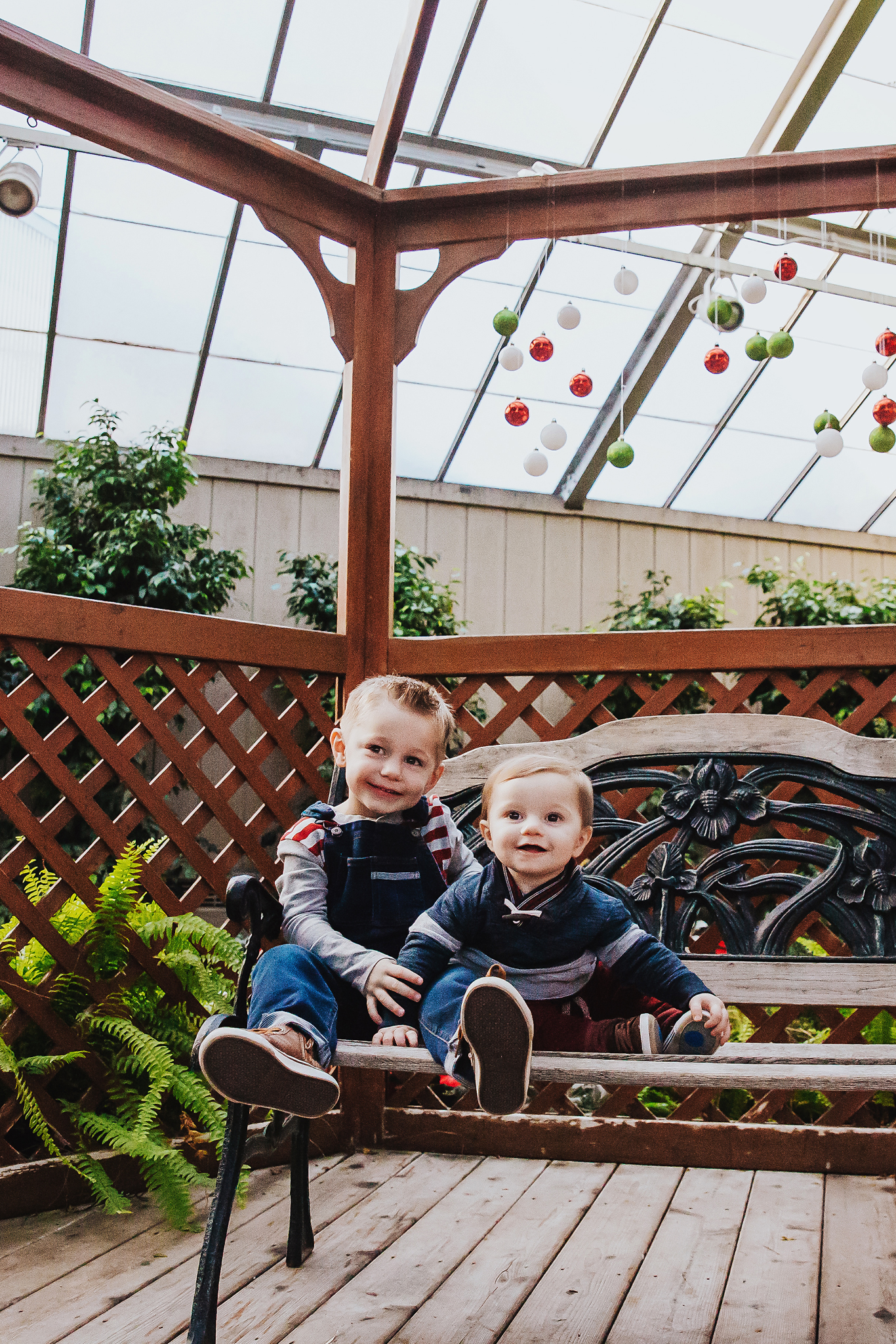 Endlessly Photography | 9 Month Milestone + Holiday Family Portraits | Swift Family