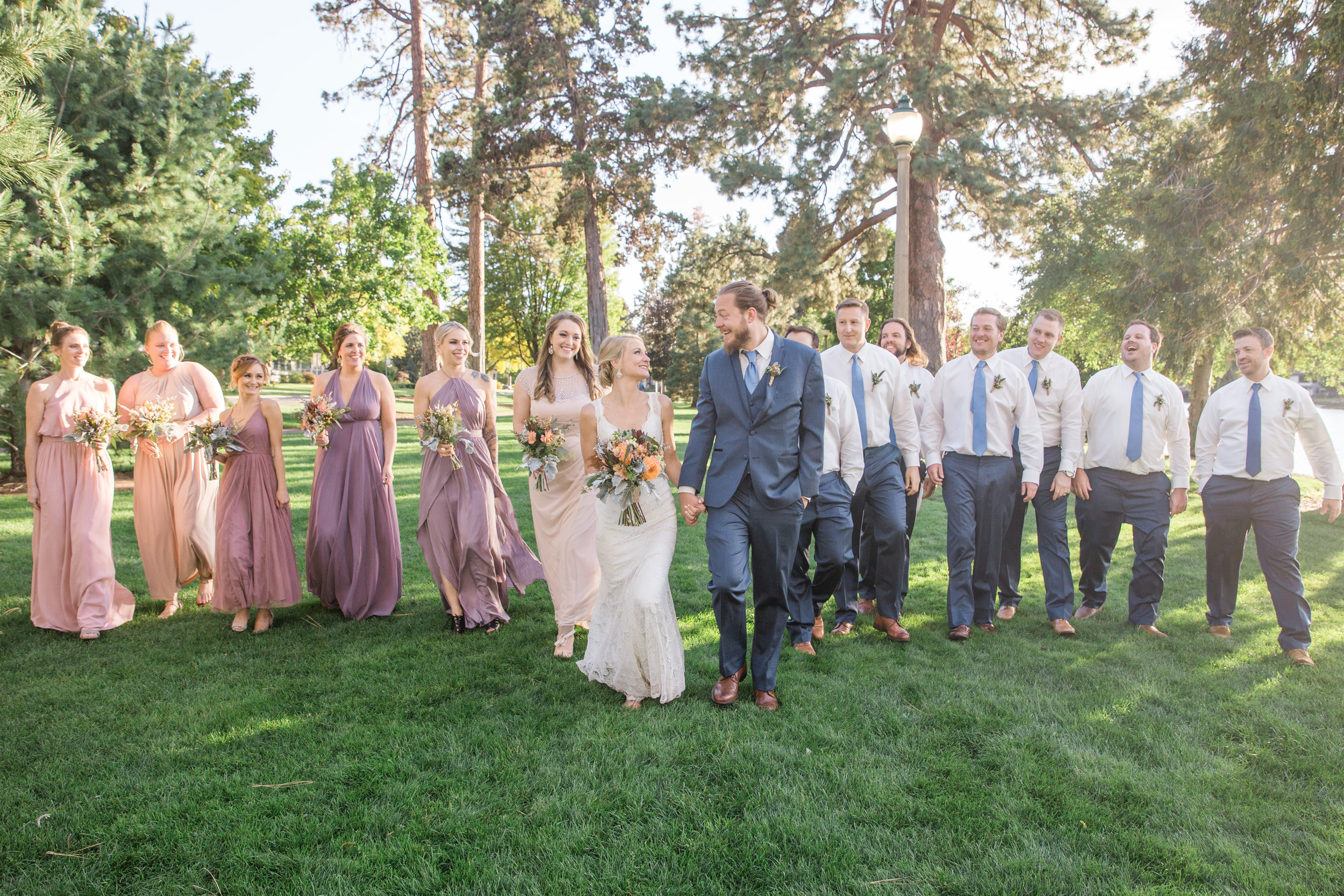 bend, oregon wedding photographer bridal party photos