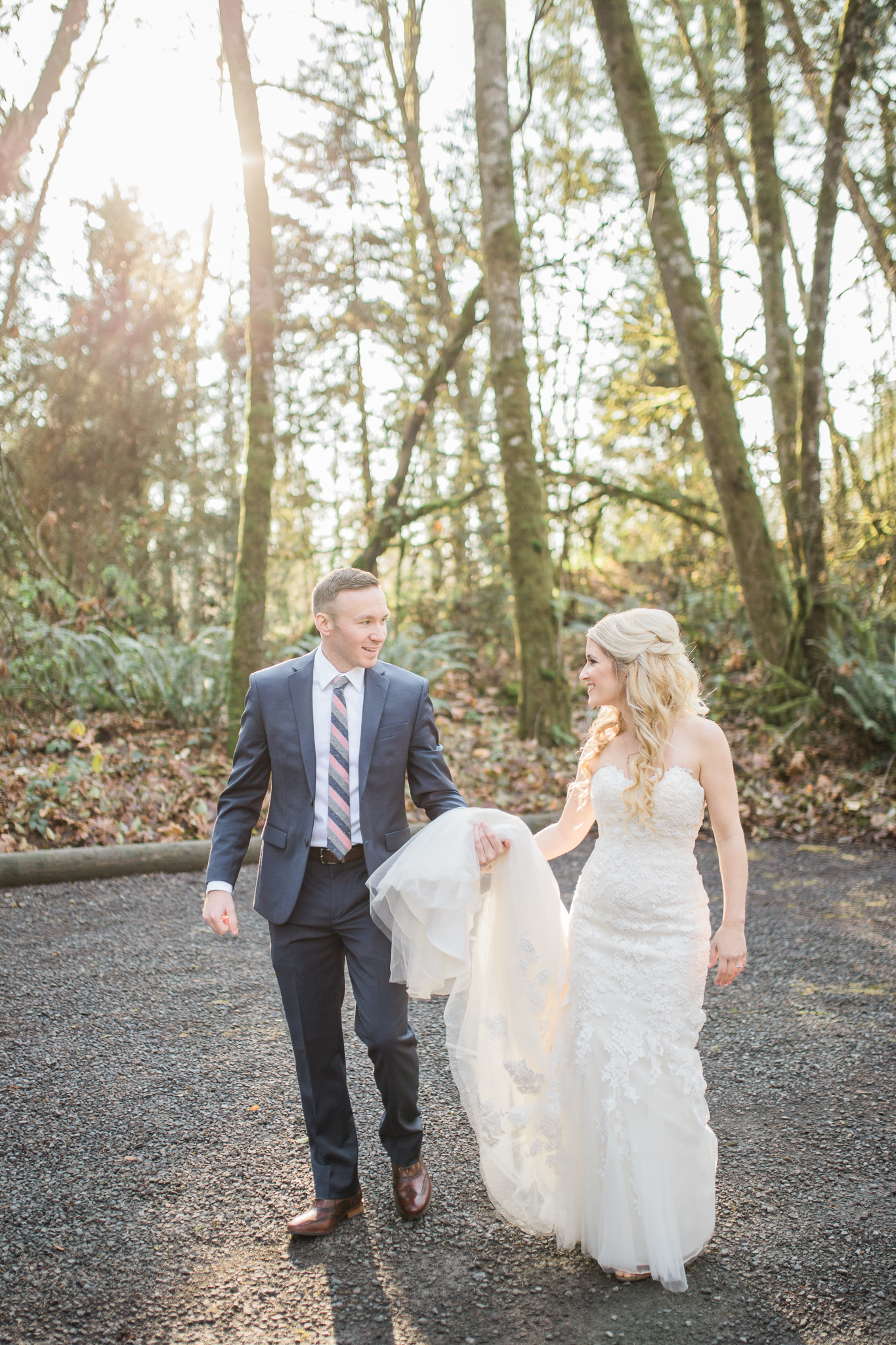 Ridgefield, WA wedding photographer, summit grove lodge weddings, bride and groom portraits