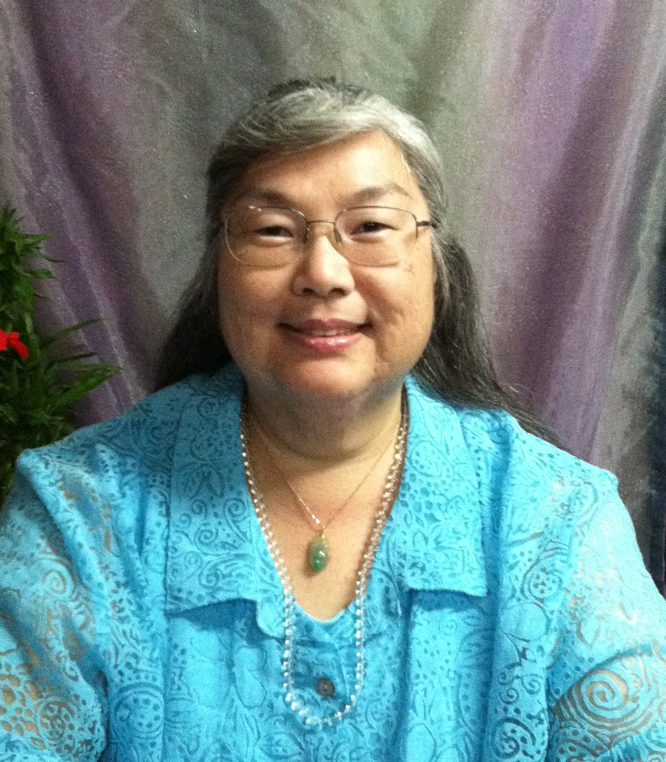 Lisa Among:  Hawaii Professional Psychic and Consultant