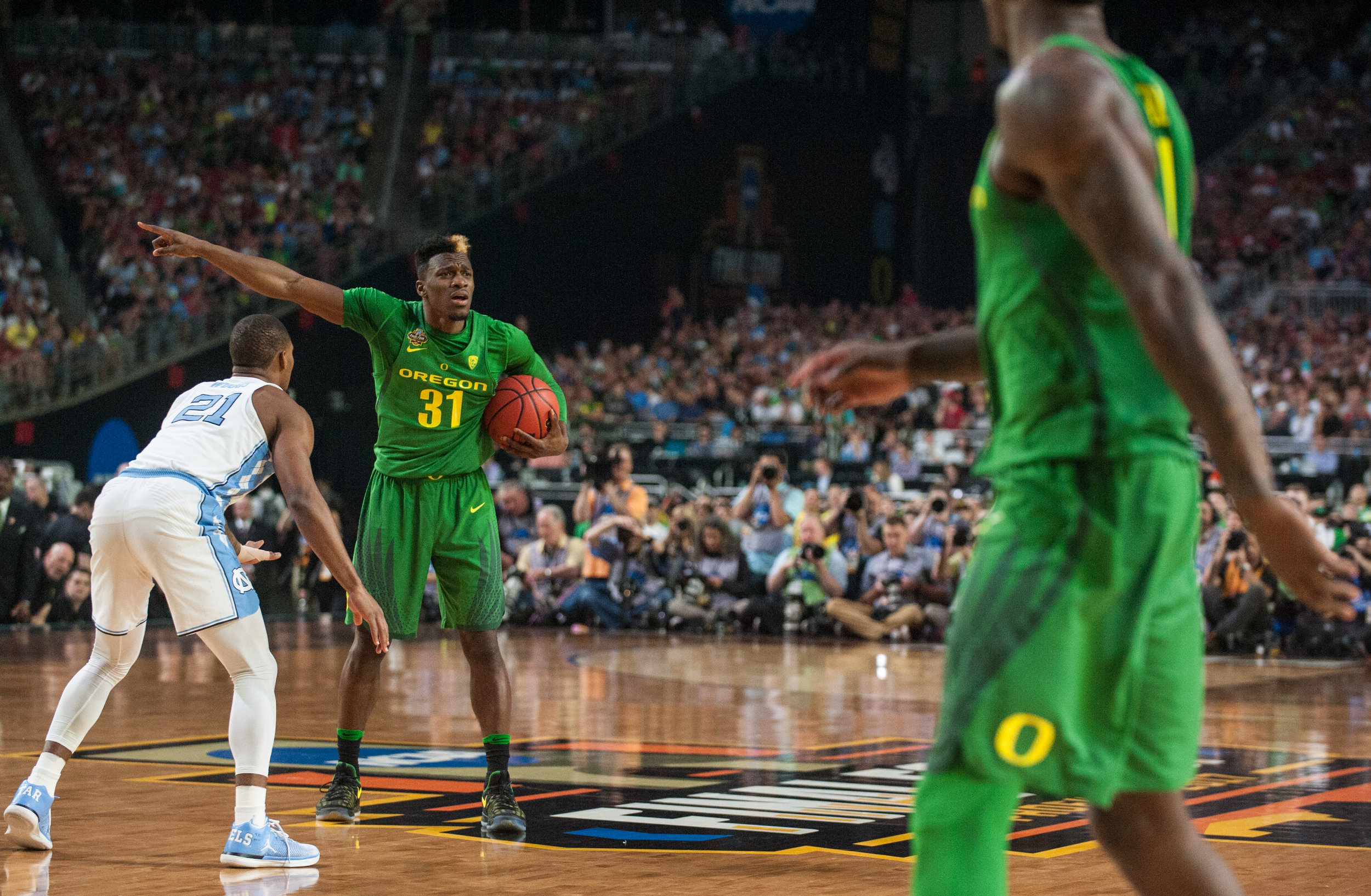 17.03.31.emg.an.final.four.oregon.vs.north.carolina-17.jpg