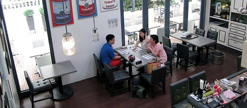 Lola Café+Bar  Image Credit:talesfromthetummy.com/lola-cafe/