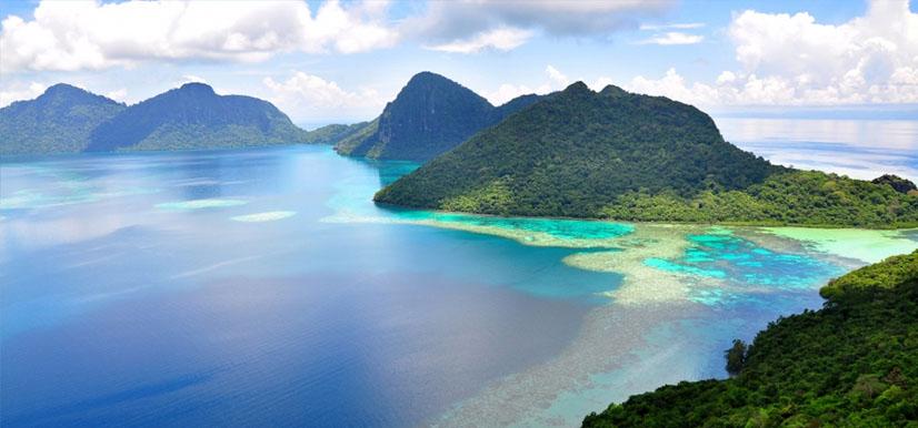 Surfing Spots in the Philippines |Siargao Islands (Surigao Del Sur)