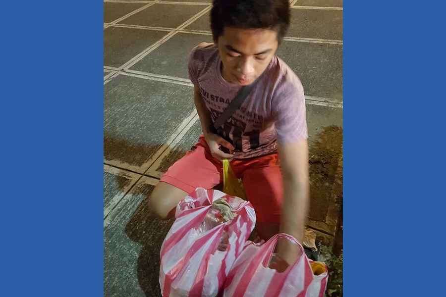 Young Vendor Saves Money for His own Chemotherapy - Trending Posts of March