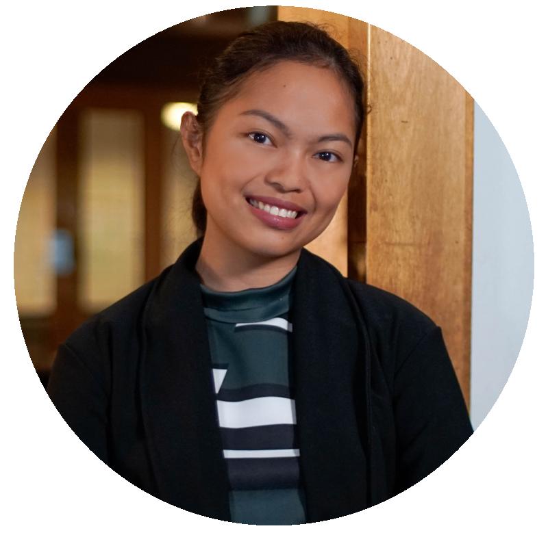 Ciara Ombao - Account Manager & Community Manager  | Social Media Marketing Company
