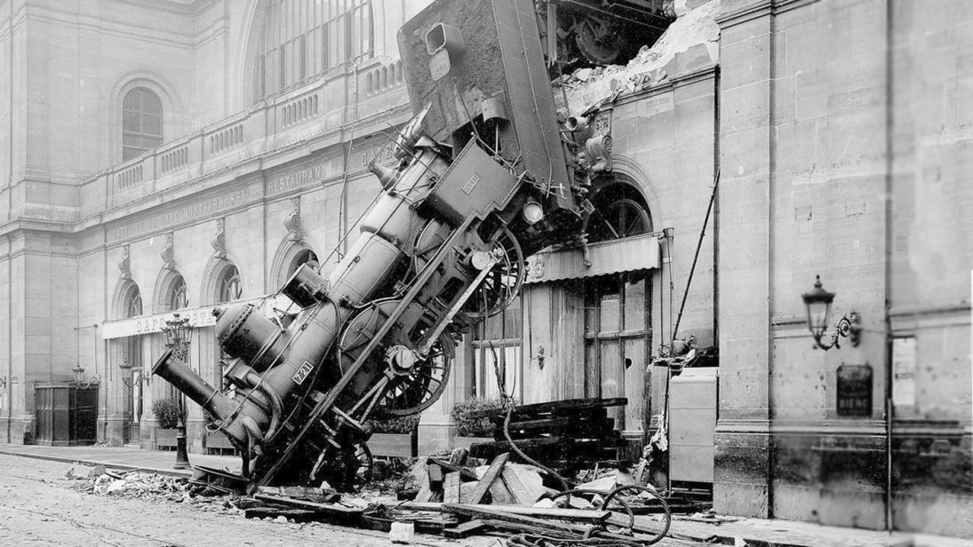 train-wreck_137015.jpg