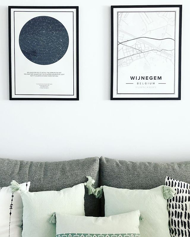 My love for you is like all the stars in the sky You may not always see the clusters & bursts of light But it's always shining there for you ✨  The night sky of our first date and the map from where we live 💕 . . . . . . . #interior #scandinavisch #zwartwitwonen #whiteinterior #interior4all #interior123 #homedecor #mynordicroom #nordichome #interiør #interiorwarrior #scandinavischwonen #instahome #witwonen #stoerwonen #binnenkijken #interiorblog #couplegift #thenightskyio #mapiful #kwantuminhuis #kwantum_nederland #kwantum_belgie #wowncrew #wownbybintihome #mapiful #thenightskyio #thenightsky