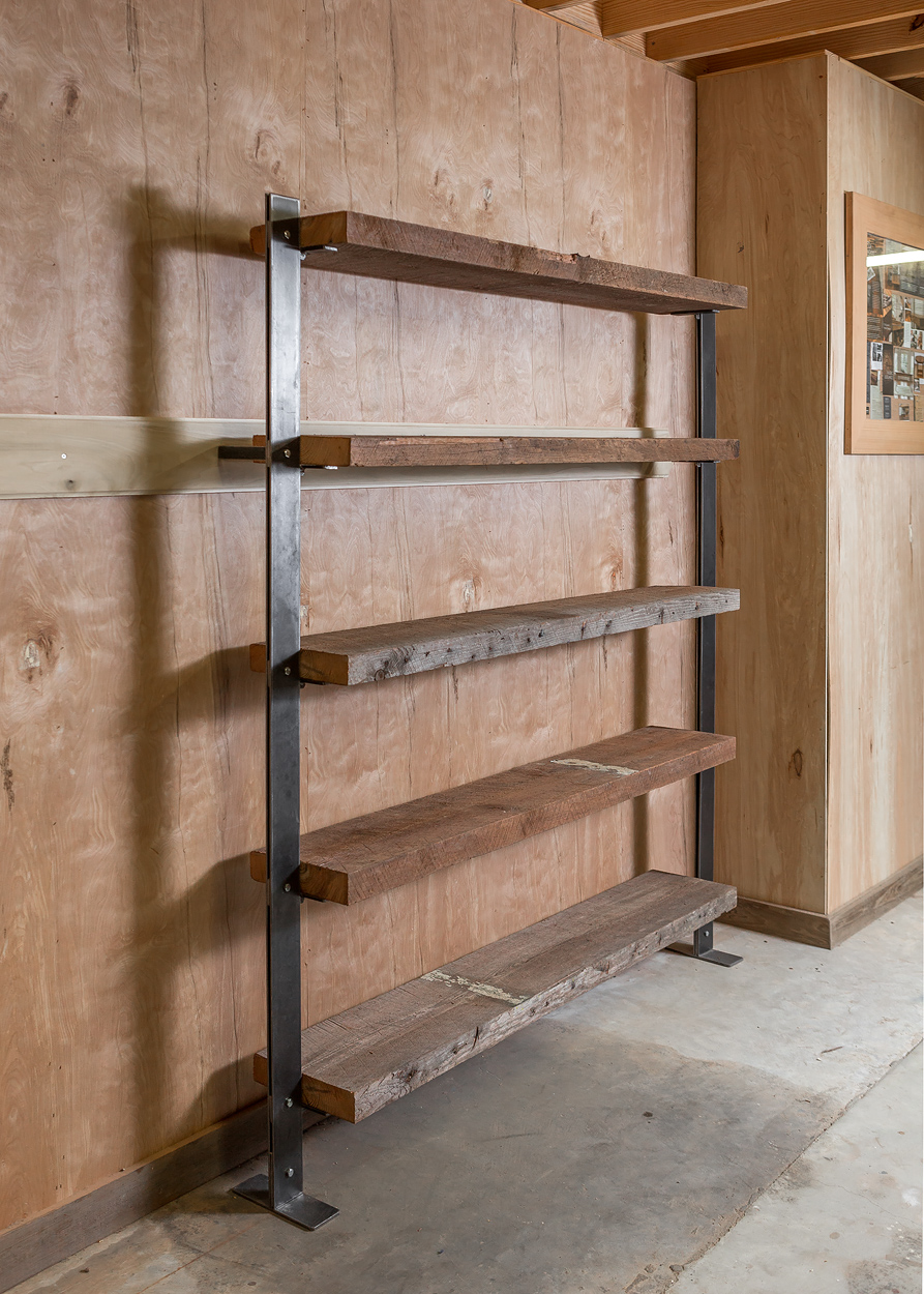 FOREMAN shelf