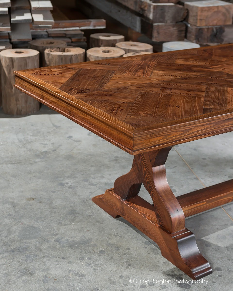 Wine Crate Table - 03.jpg