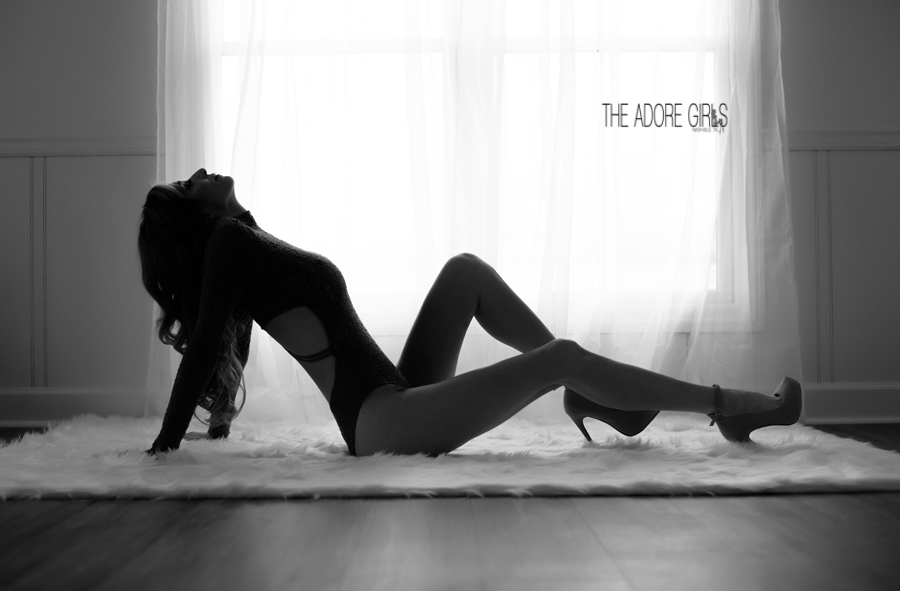 0126-The Adore Girls-Nashville TN silhouette