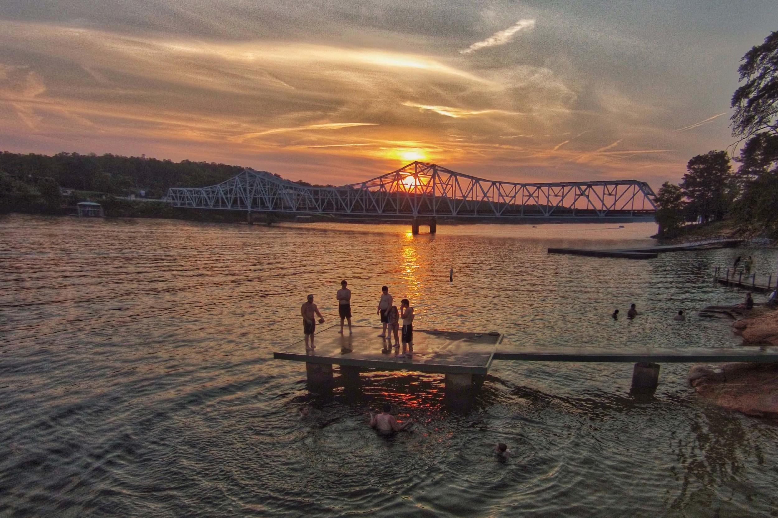 Sunset at Duncan Bridge on Smith Lake