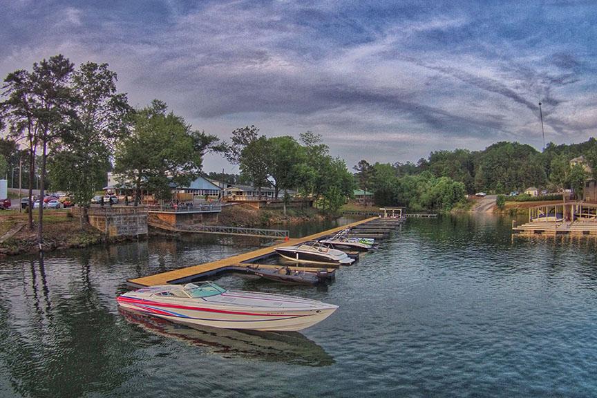 Trident Marina on Smith Lake