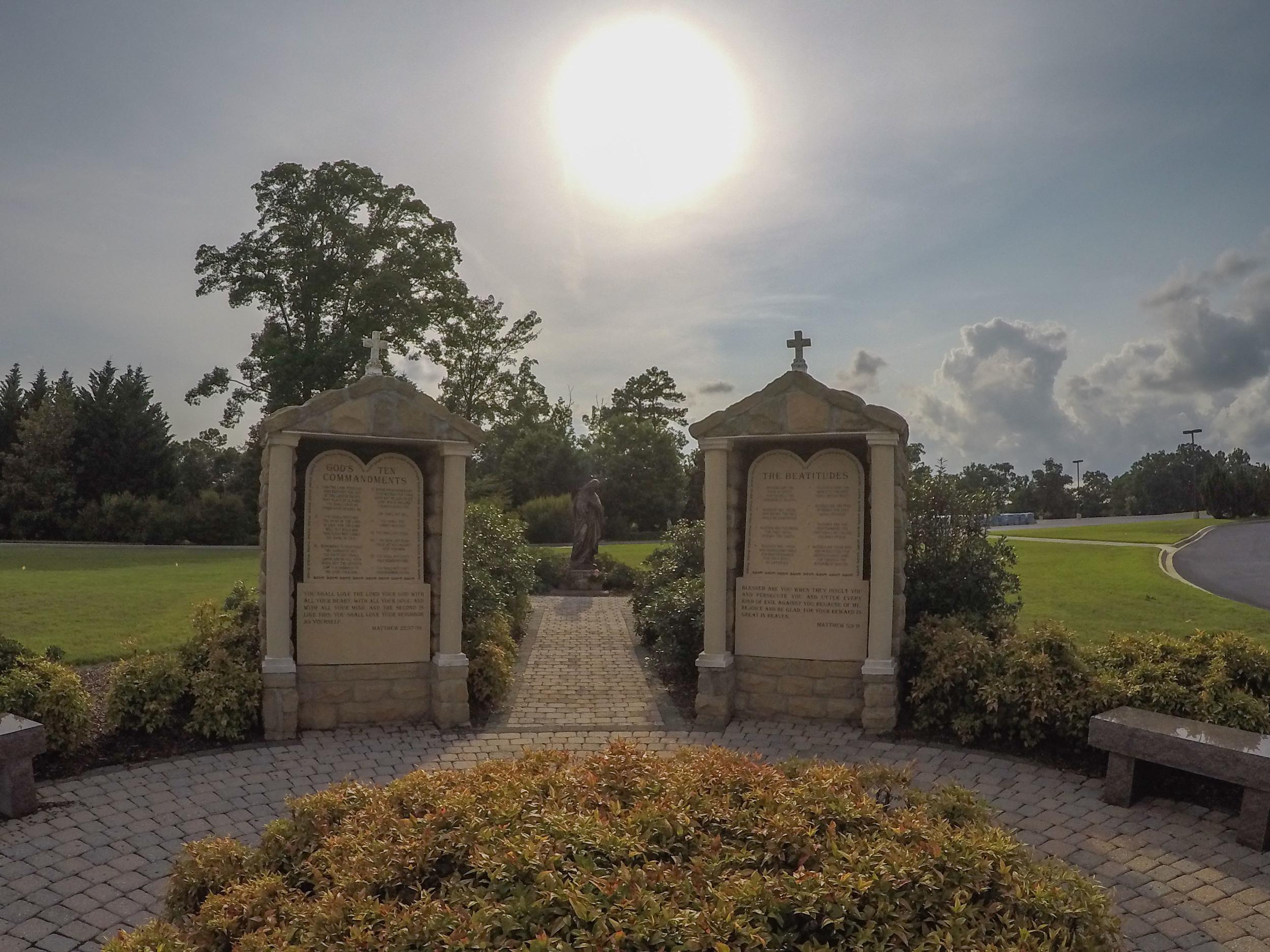 Shrine_of_the-most_blessed_sacrament-1079.jpg