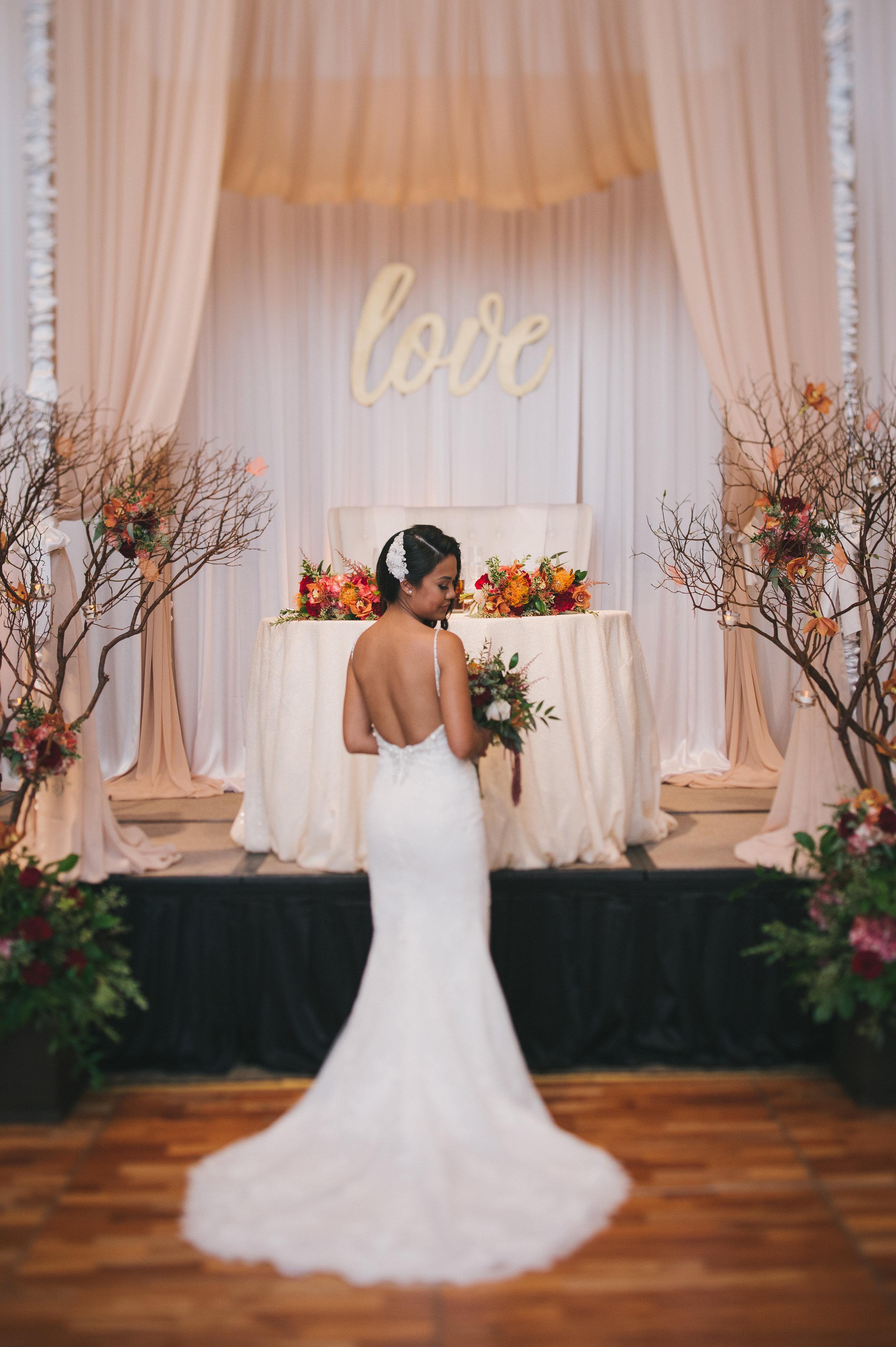 Halekulani Wedding Sweetheart Setup