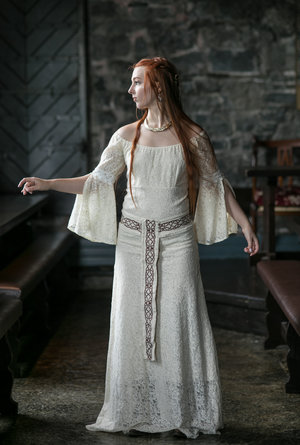 Pagan Wedding Dresses.Natural Queen Handfasting Wedding Dress Free Spirited Celtic Design