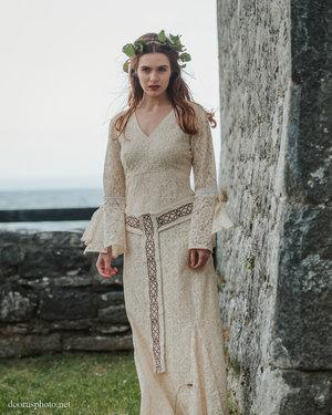 Irish Wedding Dress.Celtic Handfasting Wedding Dress Free Spirited Celtic Design