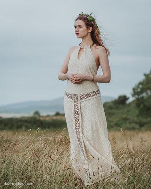Medb Pagan Handfasting Dress — Free Spirit ~ Pagan Clothing