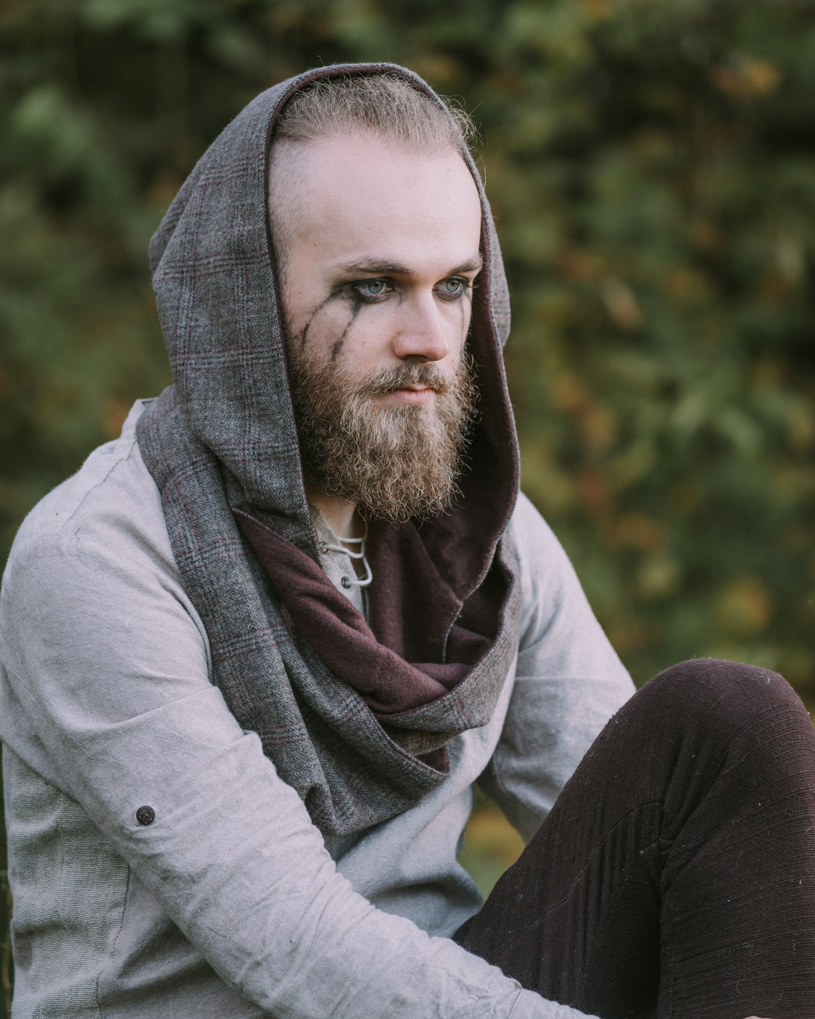 Leon styles Crom Dubh Infinity Hood made from Tweed Wool and Lined With Fleece.