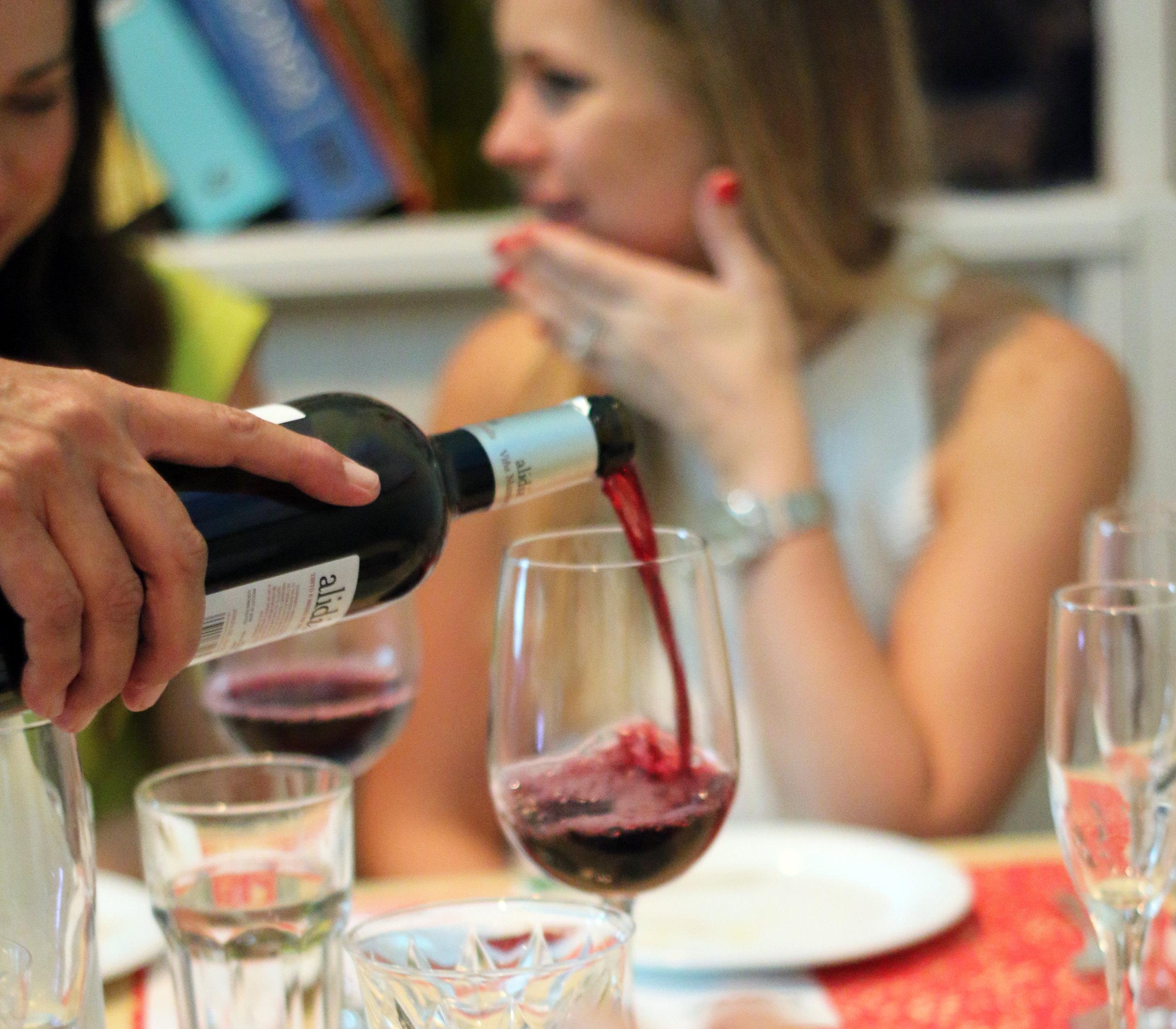 women who wine-miami wine events-wine tasting miami-29.jpg