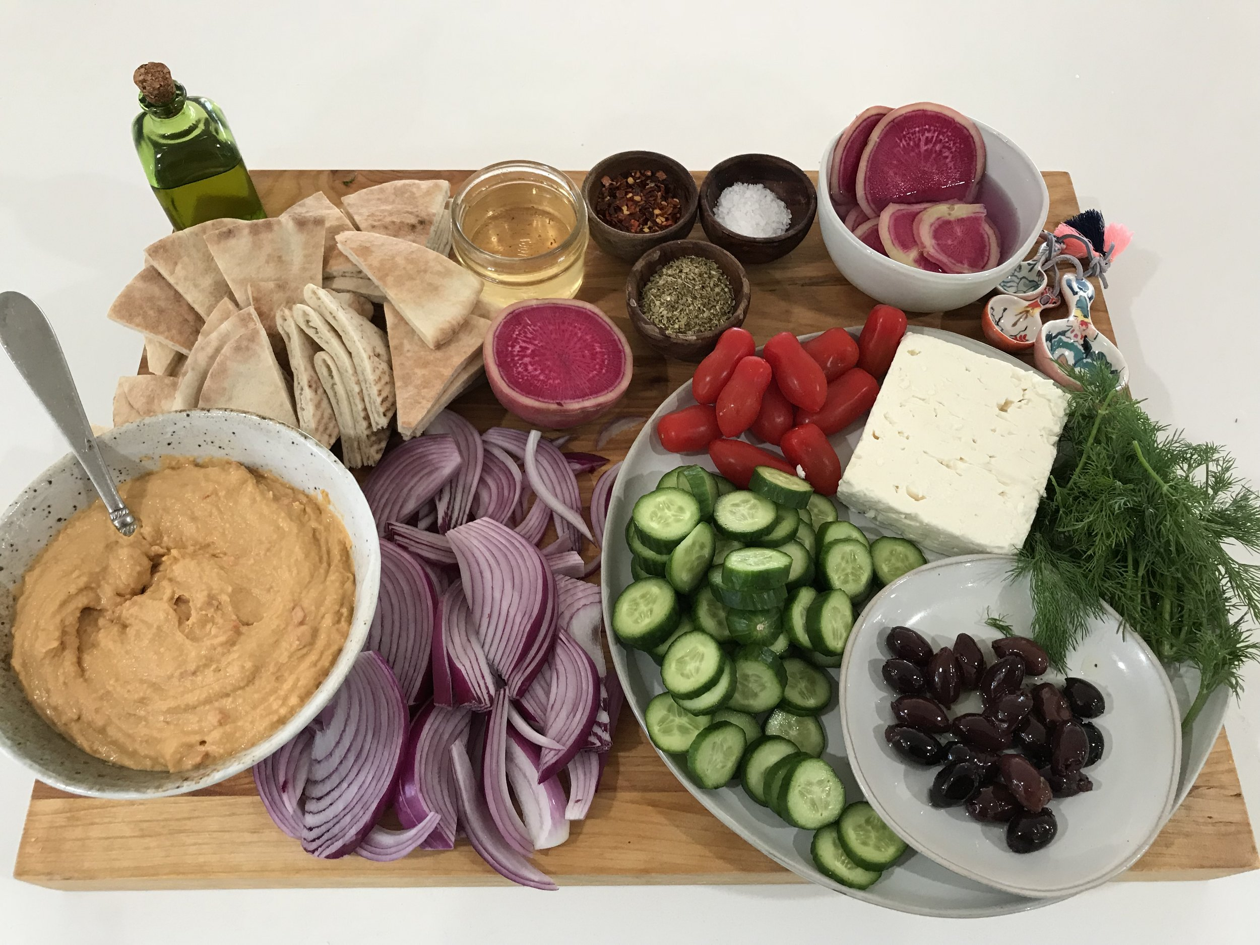 Entertaining Simplified-Wine With Nat-The Mad Table-how to spice up and pair wine with store bought hummus-1.jpg