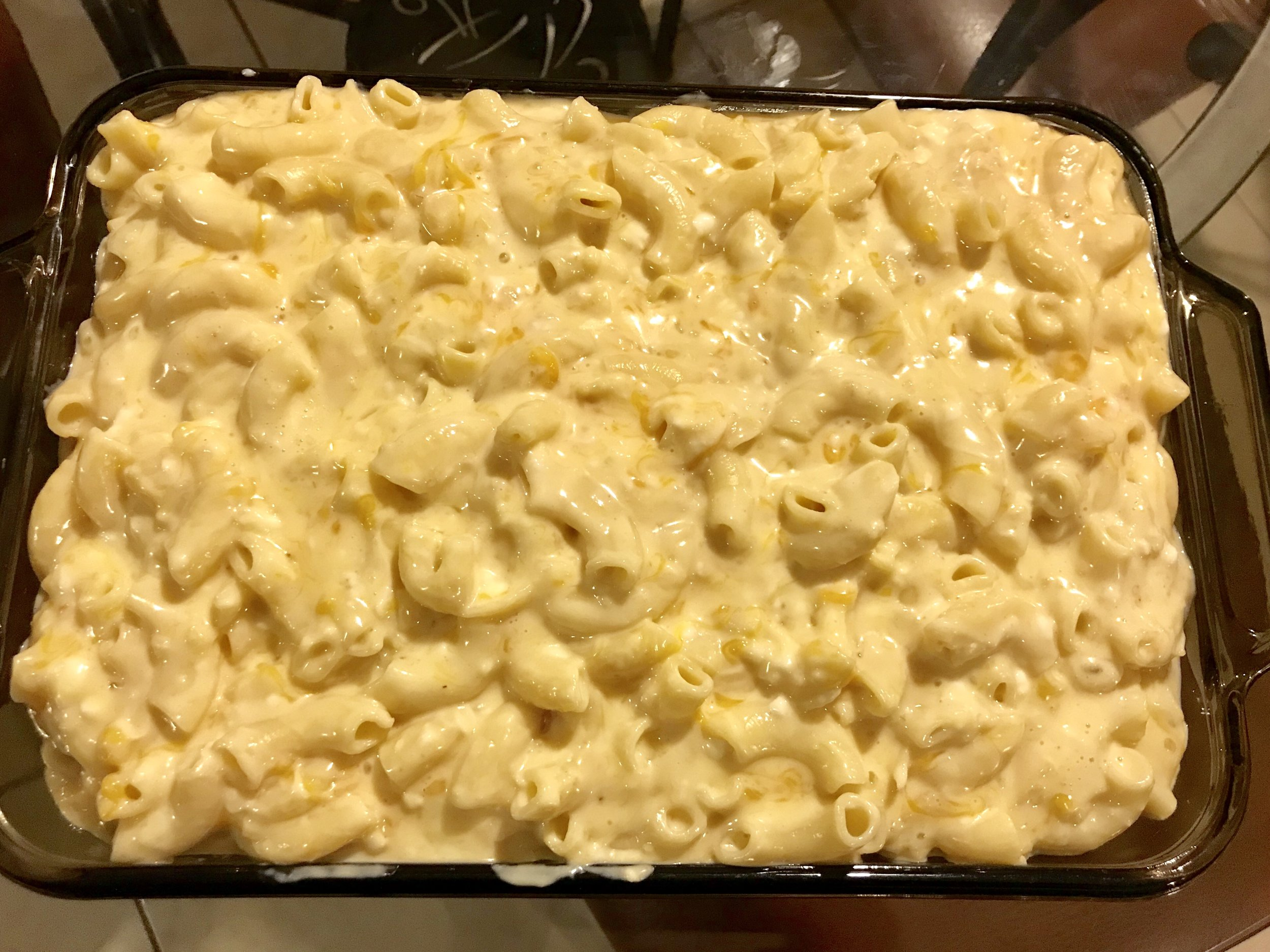 Cheesy Mac and Cheese Recipe with Thanksgiving Wines-2.jpg