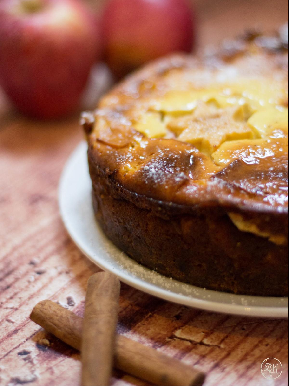 Äpfel und Zimt - eine Käsekuchen voller winterlicher Aromen